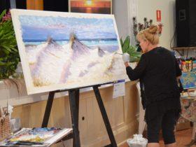 Artist Demonstration by Victoria Rolinski at Yorke Peninsula Art Exhibition