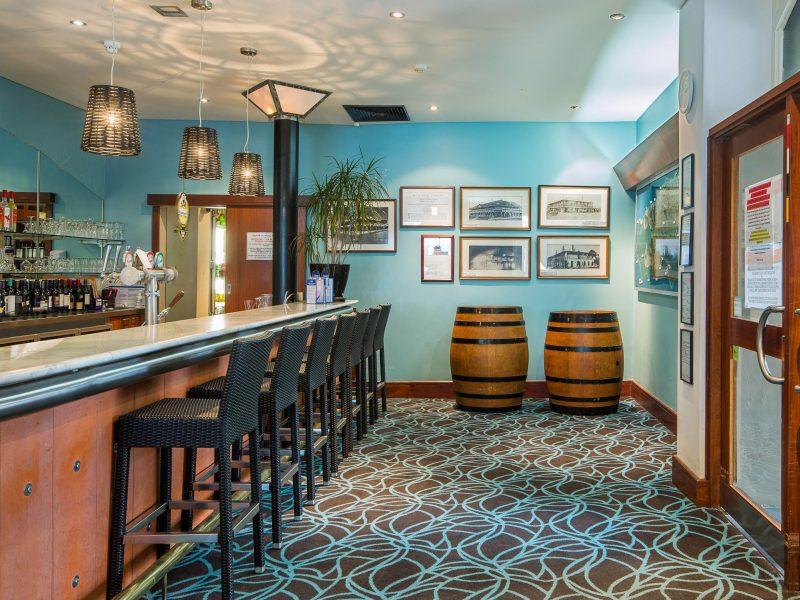 Zone Restaurant & Bar