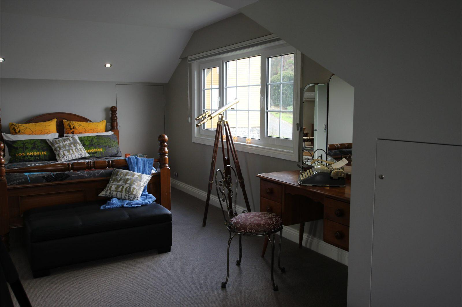 Admiral Suite bedroom