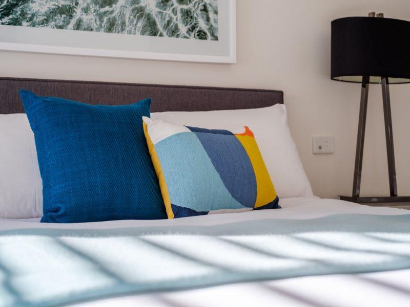 ArtHouse Freycinet master bedroom
