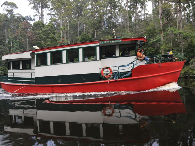 MV 'George Roinson' cruising the Arthur River