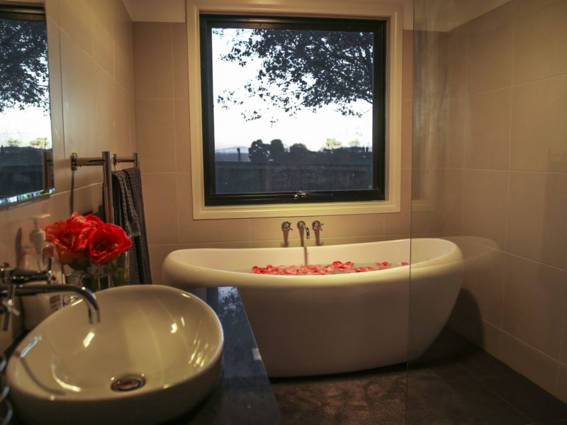 The magnificent bath tub in our new bathroom