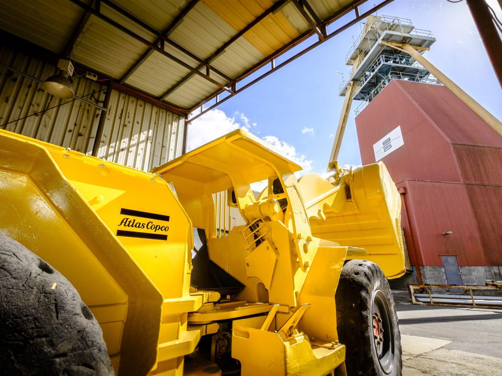 New machinery & mineyard
