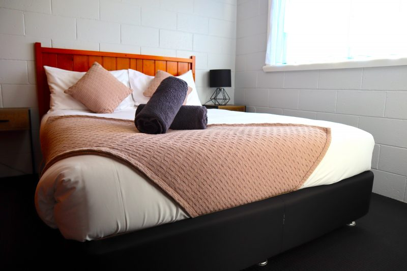 2 Bedroom Apartment main bedroom