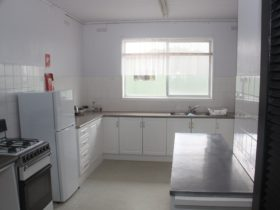 Family Unit Kitchen