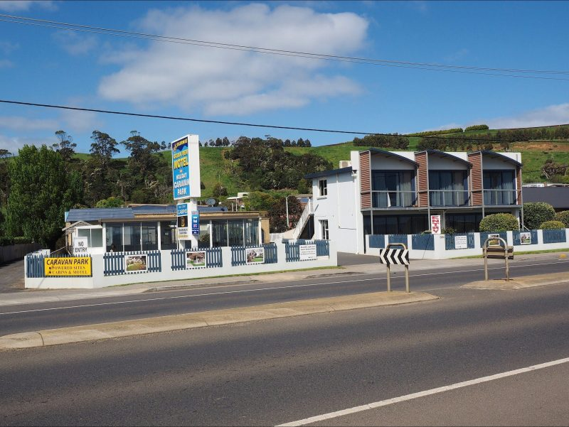 motel front and pool