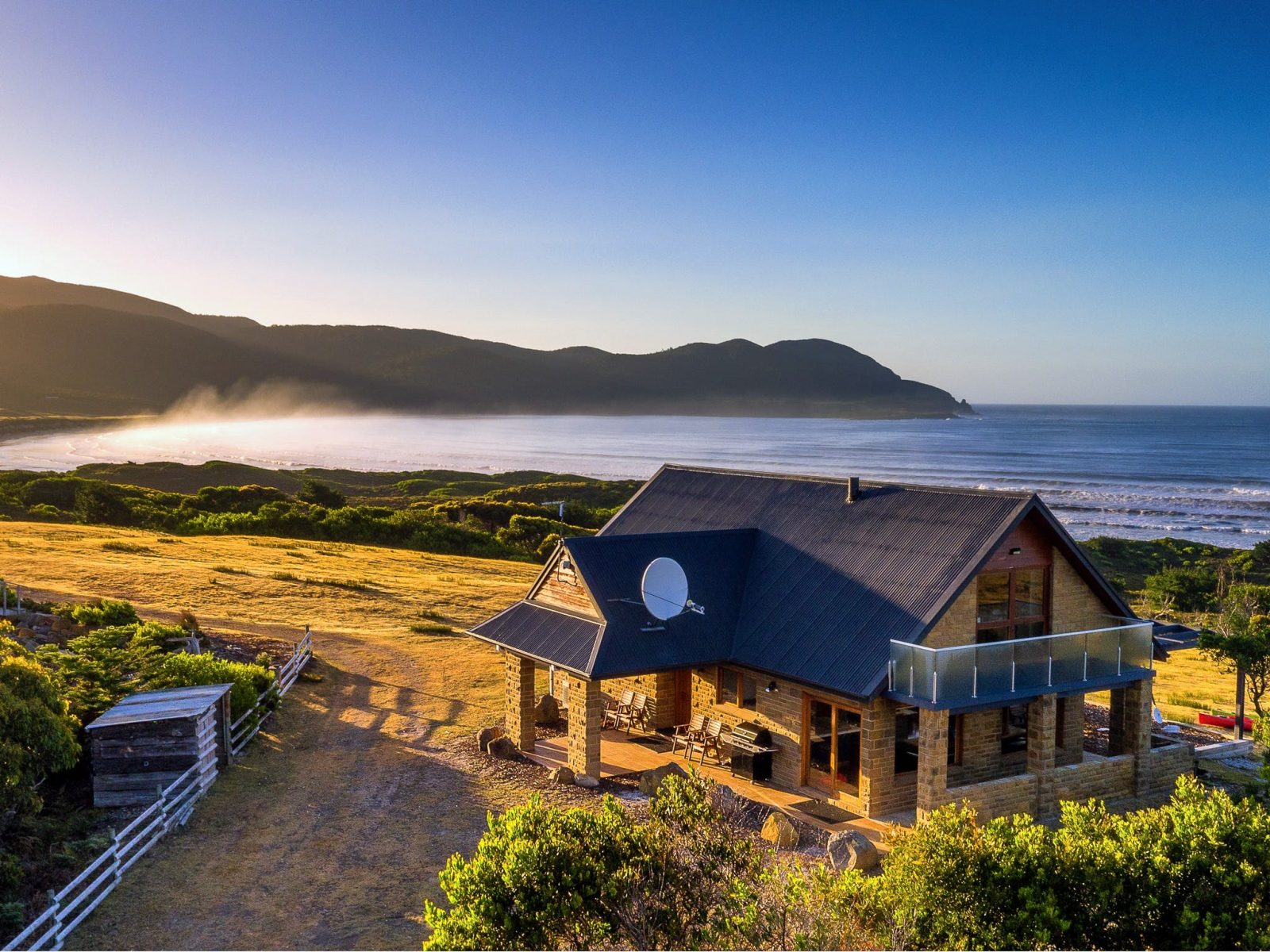 Cloudy Bay Villa - Aerial view