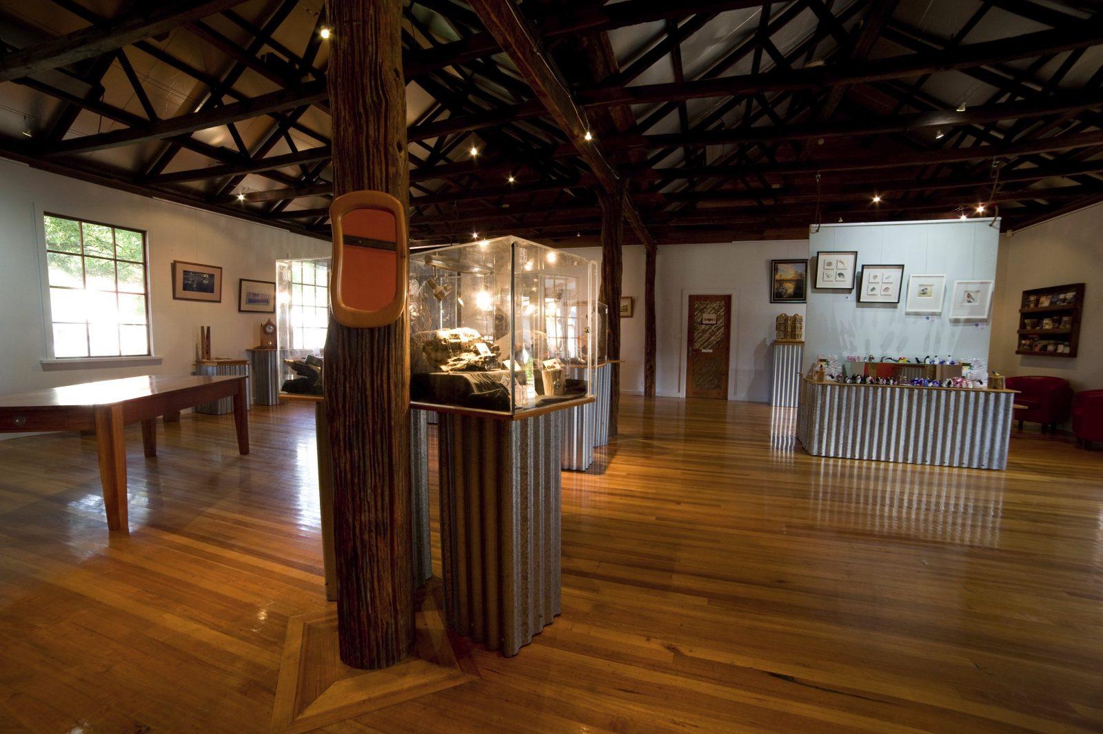 Cove Gallery