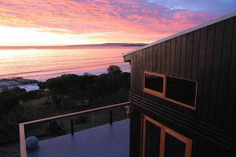 Driftwood Bay of Fires - Sunset