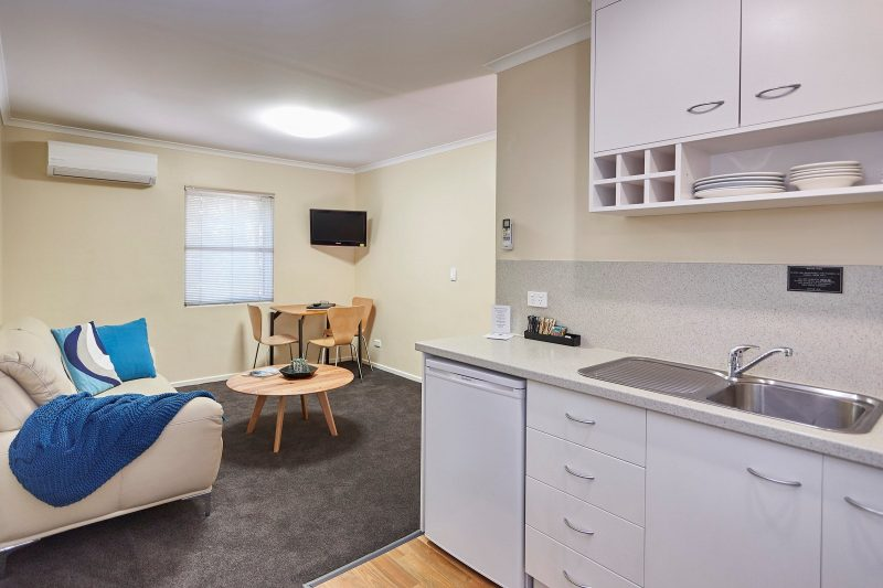 Upstairs 2 bedroom Apartment