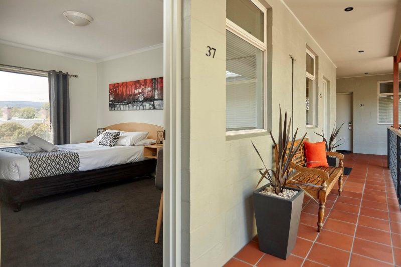 Motel Room upstairs Balcony