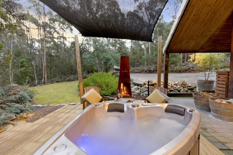 Hottub with outdoor wood fire
