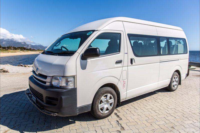 Flinders Island Car Rentals Toyota Mini Bus seats 14