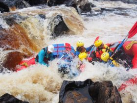 Elias and his crew are getting submerged on the Trojan rapid.