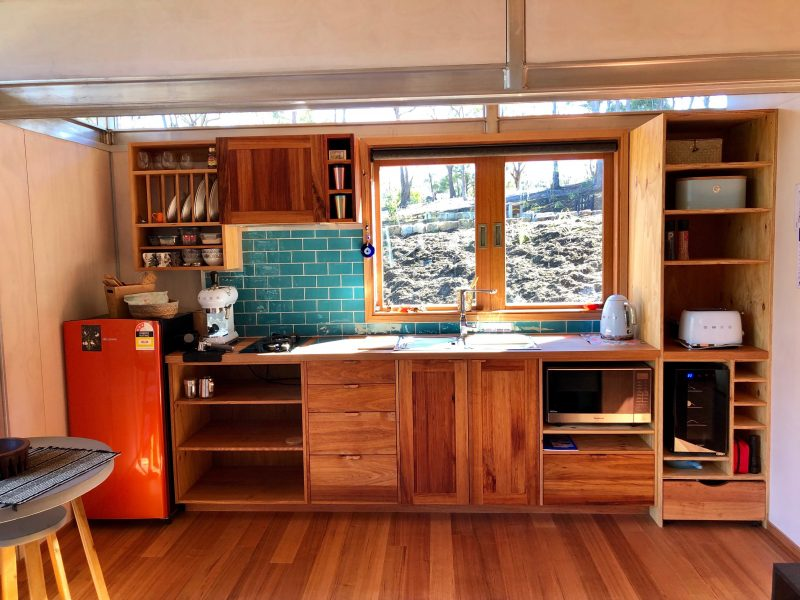 Hand built timber kitchens featuring locally sourced Tasmanian timbers and superb quality appliances