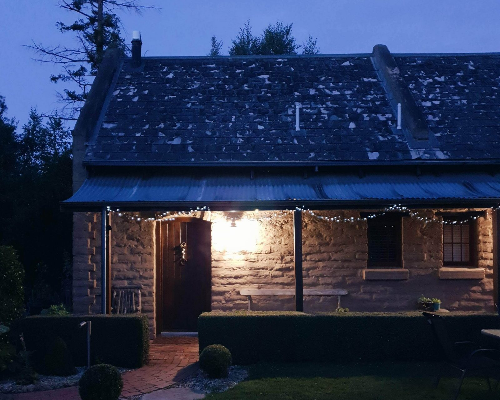 Stunning Mudbrick Stable is private, cosy with modern comforts
