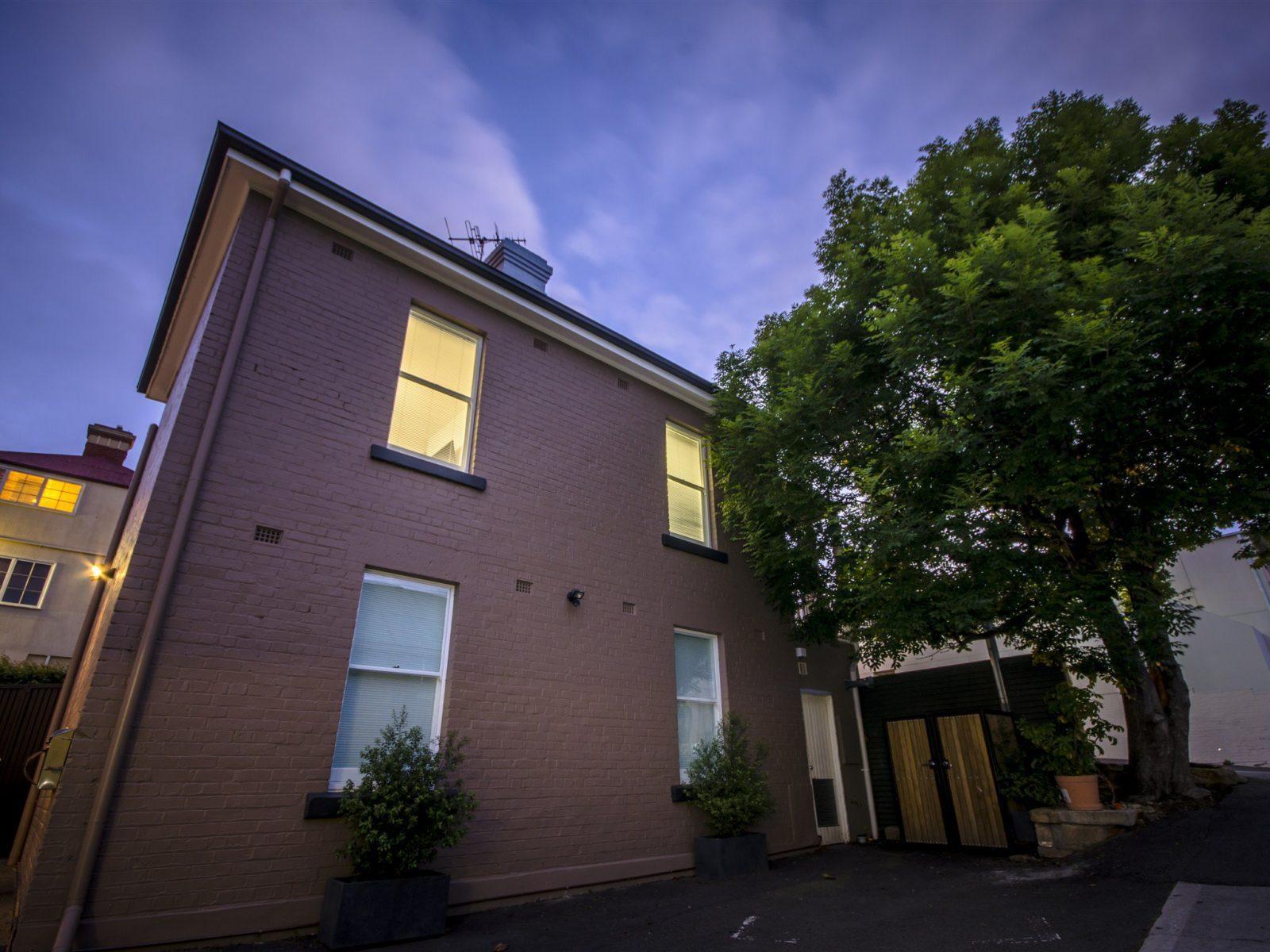 Hobart accommodation Hobart Cityscape