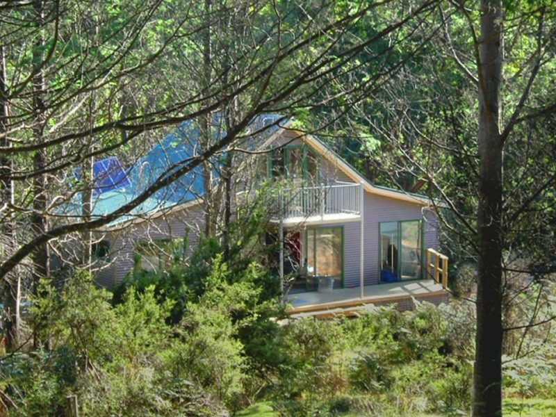 Two bedroom cabin at Huon Bush Retreats