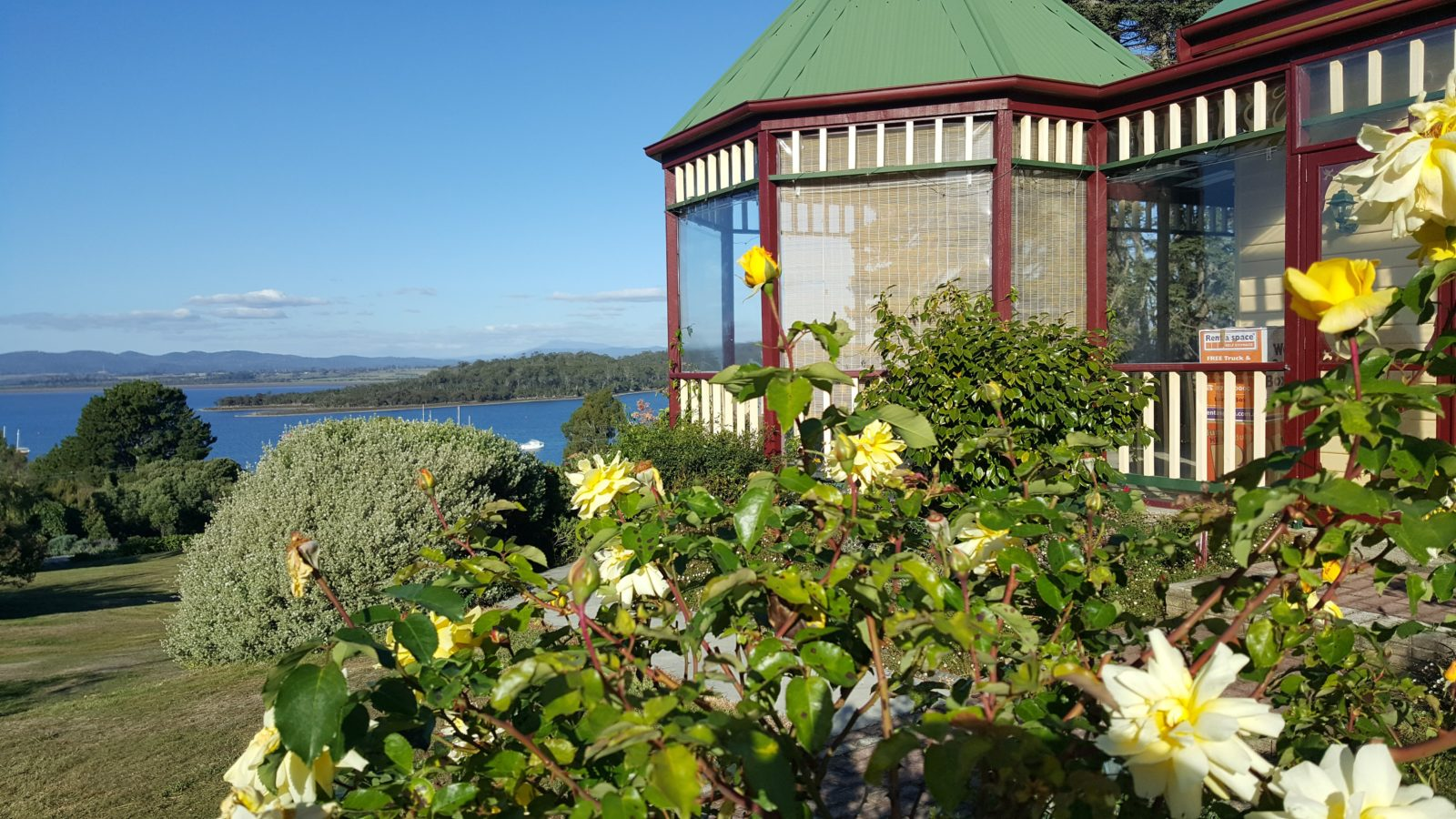 The lovely gardens and rotunda overlooking the beautiful Tamar River