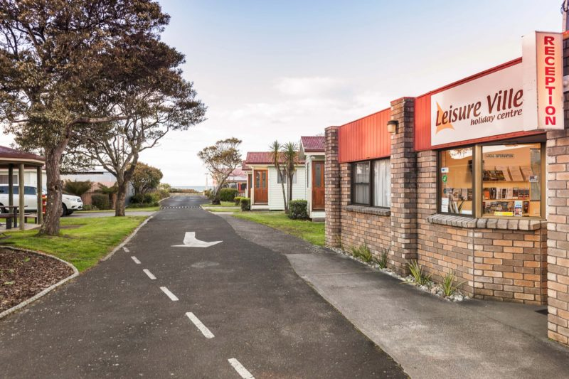 Leisure Ville Entrance and Reception