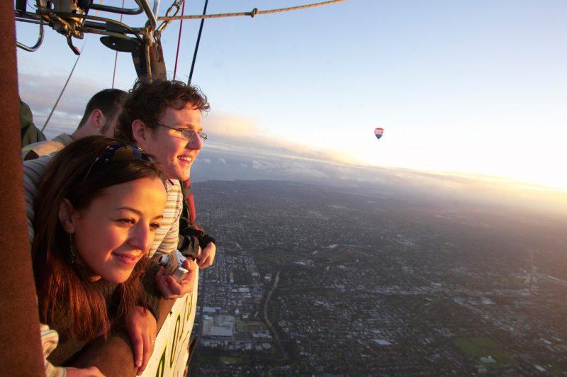 Ballooning, balloon flights, balloon rides Tasmania, Tasmania, outdoor activities, special gifts