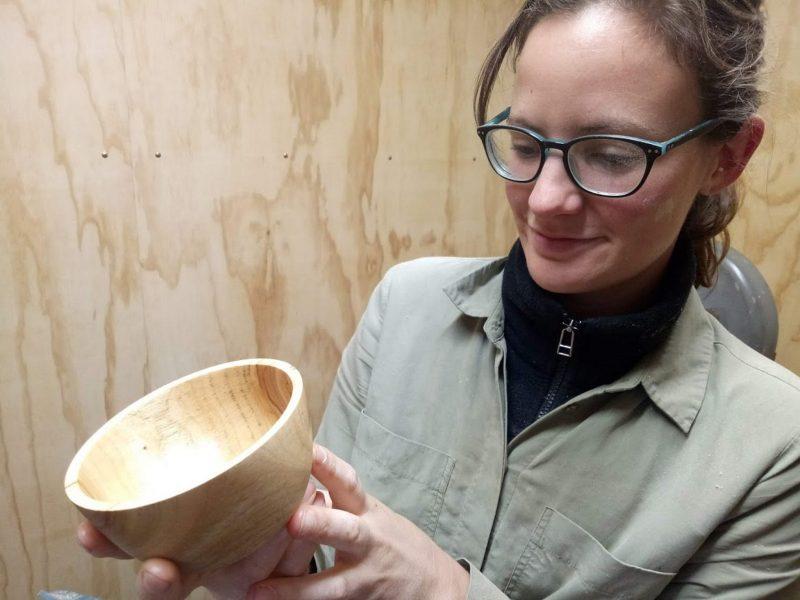 Make a Bowl Woodturning
