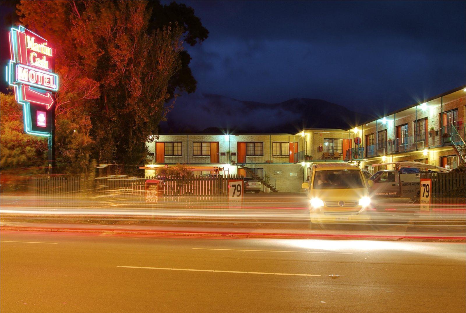 martin cash motel rooms