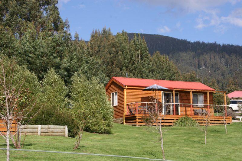 Maydena Mountain Cabins and Alpacas Lavender Cabin
