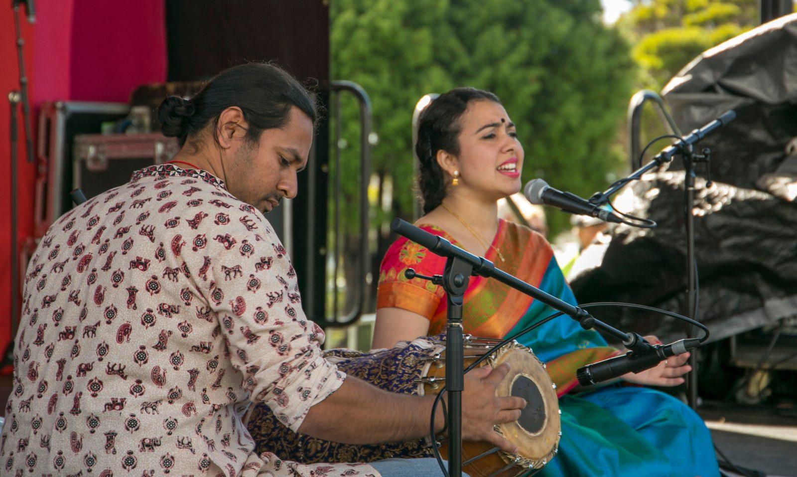 Adhi performers