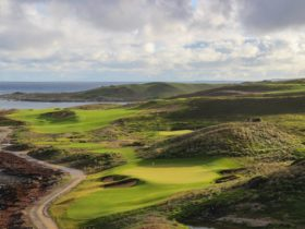 Hole 10 and 11 at Ocean Dunes