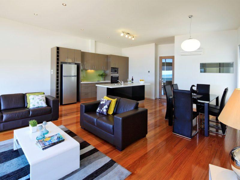 Lounge /Kitchen