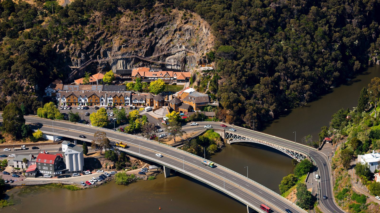 Cataract Gorge and Kings Bridge