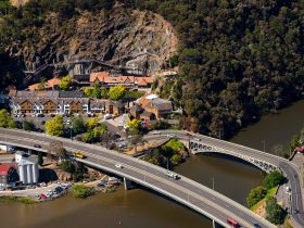 Cataract Gorge and Kings Bridge