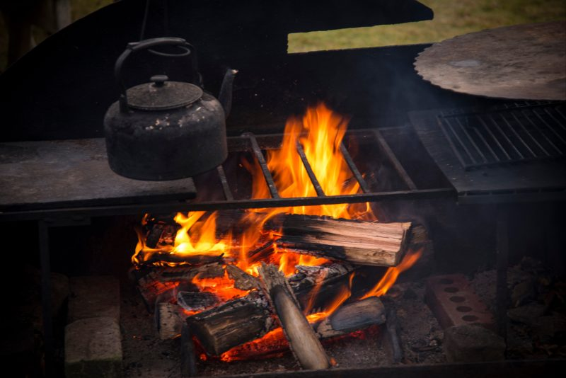 Campfire dining on the Quoll Patrol