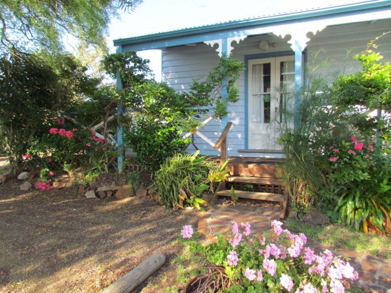 Front verandah Pettit Cottage
