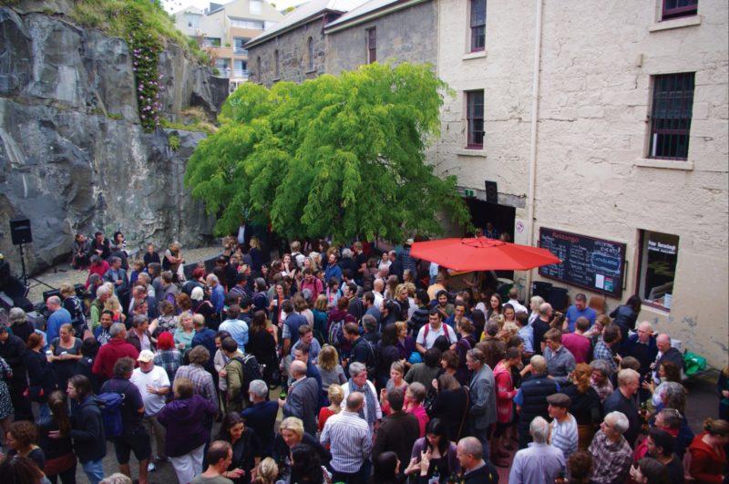 The crowd at Rektango