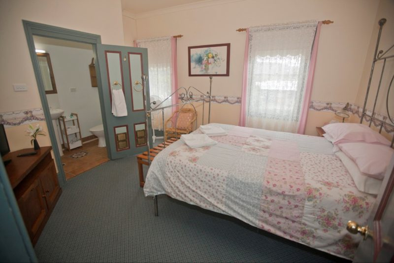 One of our 4 rooms. All our rooms are comfy.