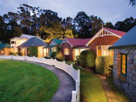 Strahan Village Cottages
