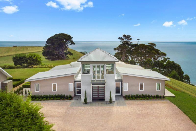 Table House sits on Table Cape overlooking Bass Strait on Tasmania's north west coast