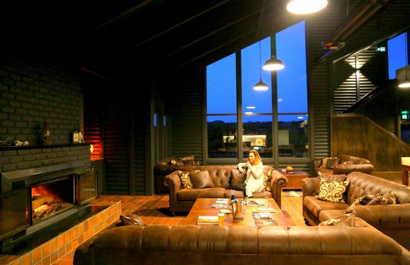 Thousand Lakes Lodge Lounge