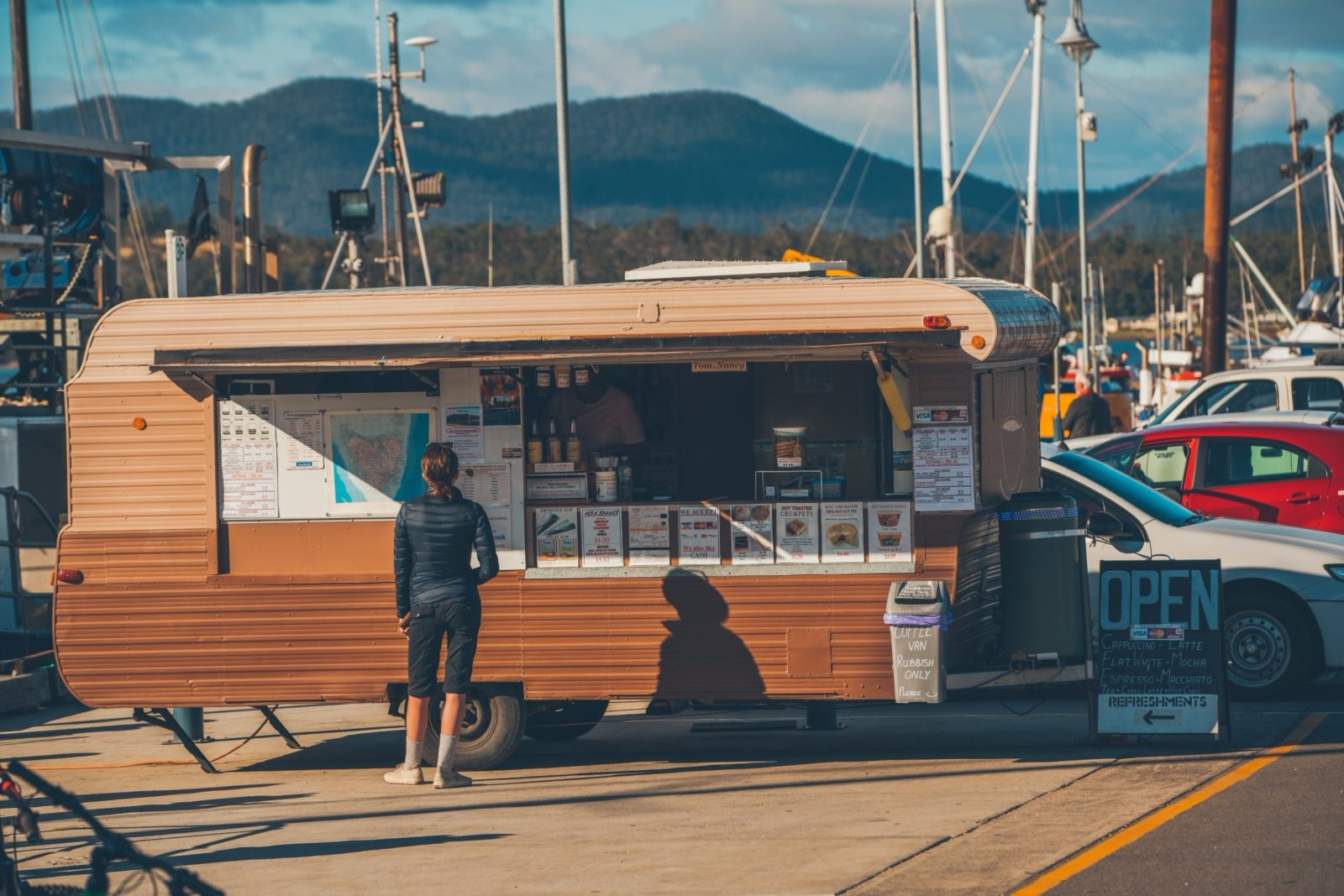 Caravan serving food on the Pier