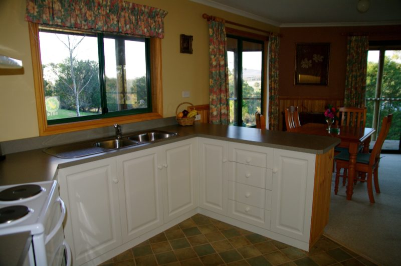 Fully equipped kitchen with magnificant views
