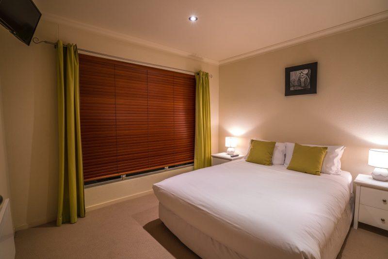 Villa Jasper Bay of Fires - Master Bedroom