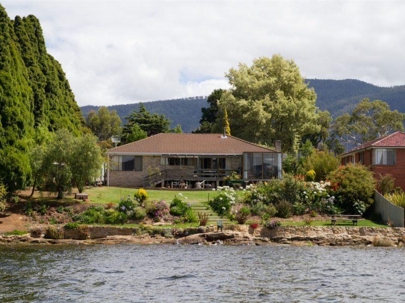 Derwent Vista from River