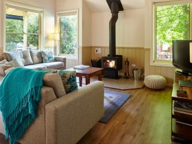 Alpine Valley Cottage two lounge with woodfire