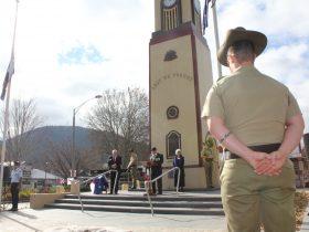 ANZAC Day service - Bright
