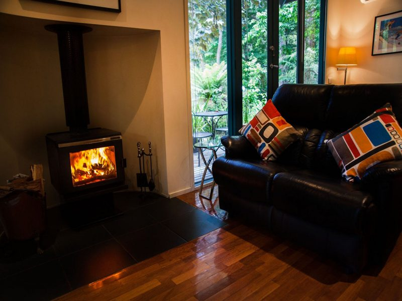 Log fire ,stand alone cottage