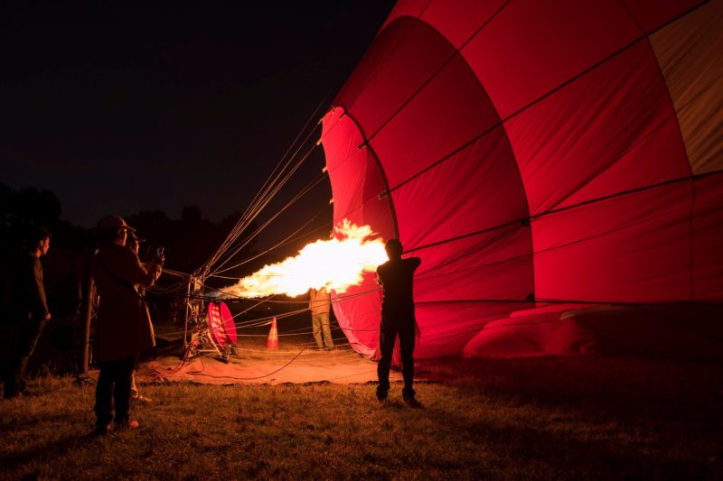 Balloon Flights Over Melbourne balloon inflate