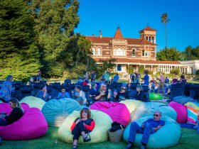 Barefoot Cinema - Ripponlea Estate