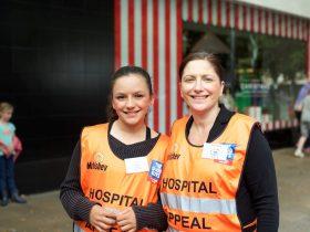 Volunteers Tamara and Elizabeth
